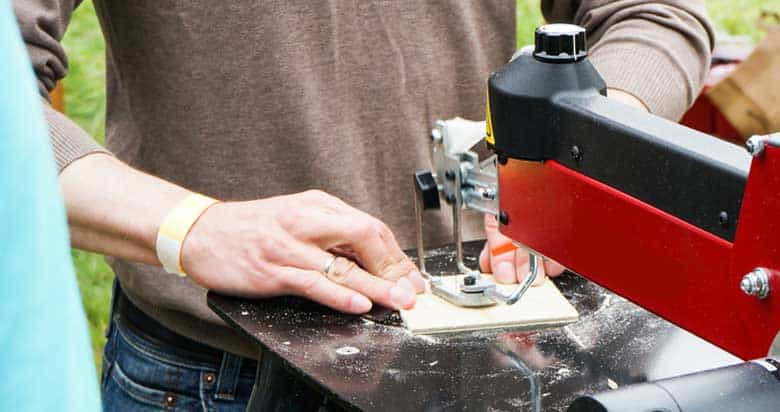 How to Use Scroll Saw